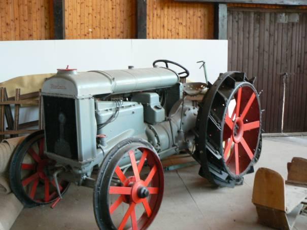 traktory od výmyslu sveta